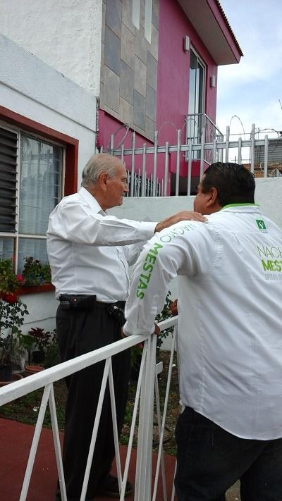Ciudadano muestra su apoyo a Nacho Mestas